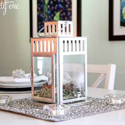 Simple Holiday Table Setting