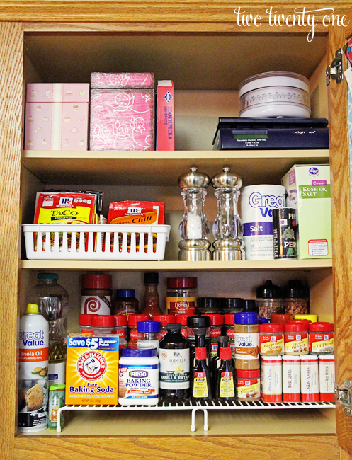 Amazing Organized Kitchen Cabinet