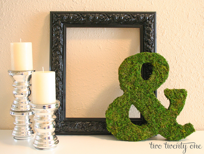 moss covered ampersand
