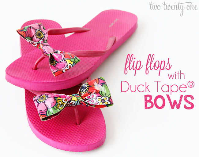 how to make Duck Tape bows