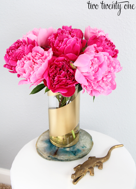 Diy gold striped vases - Great decorative flower vase designs ...