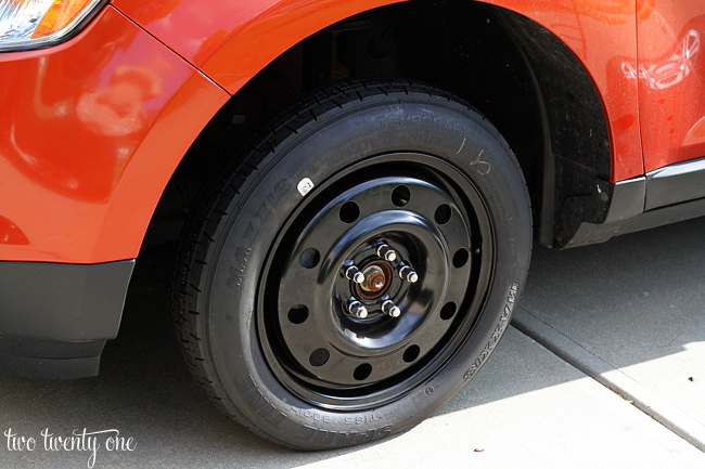 how to change a spare tire on a ford edge