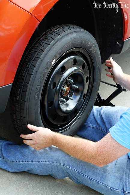 Car Series Spare Tire How To Change The Tire Two