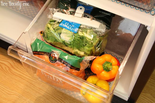 organized fridge vegetable drawer