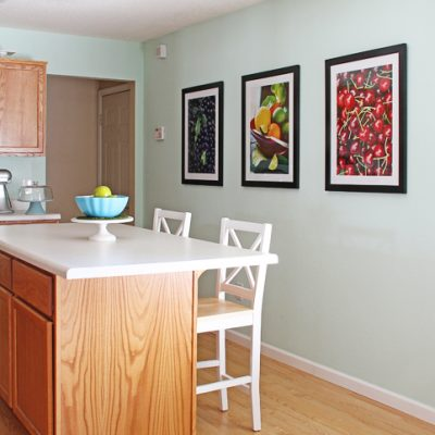 Mint Condition – Kitchen Wall Color Update