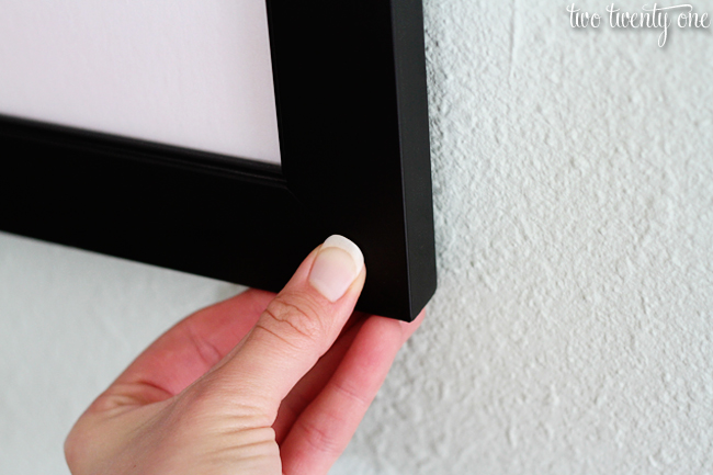 How to keep picture frames level