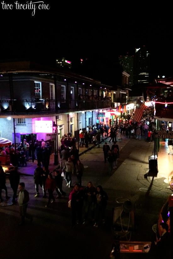 bourbon street nighttime