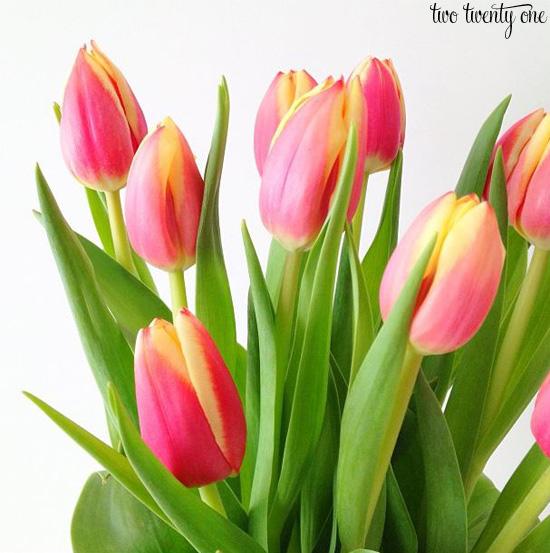 How To Make Fresh Flowers Last Longer