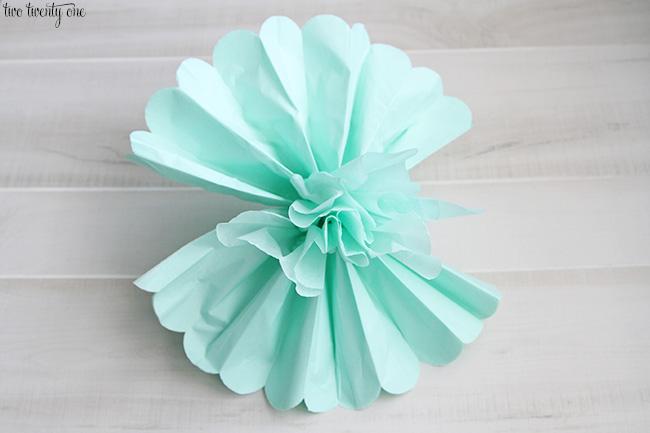 How to make tissue paper pom poms tissue paper pom pom instructions mightylinksfo