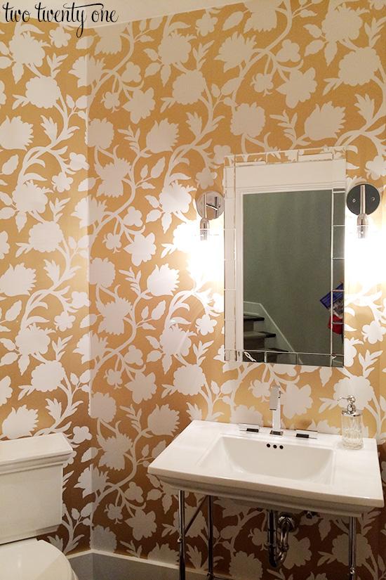 gold floral wallpaper