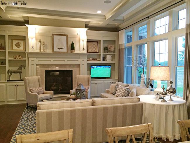 house 5 living room