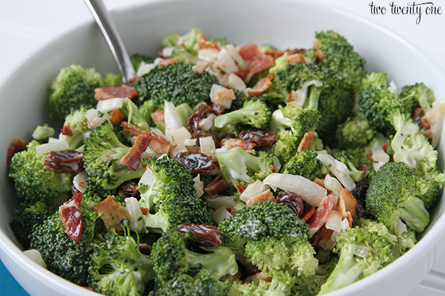 Quick and easy broccoli salad recipe!