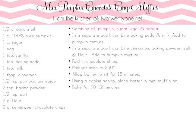 mini pumpkin chocolate chip muffins copy
