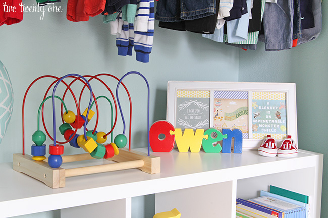 Organized nursery closet! LOVE this!