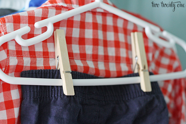 How to hang baby pants!