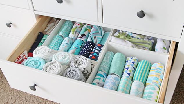 Tips and tricks for an organized nursery dresser!