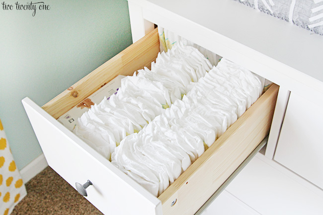 Guarda Roupa Bebe ~ Nursery Dresser Organization