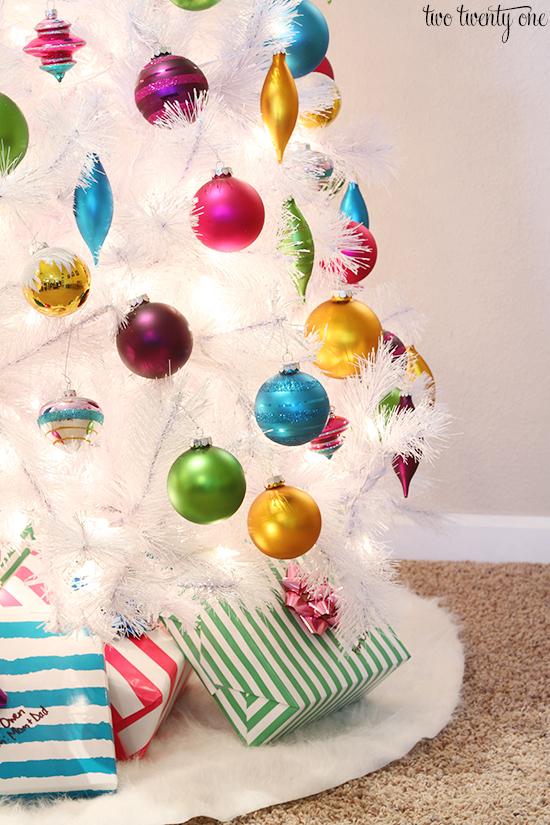 white christmas tree 1