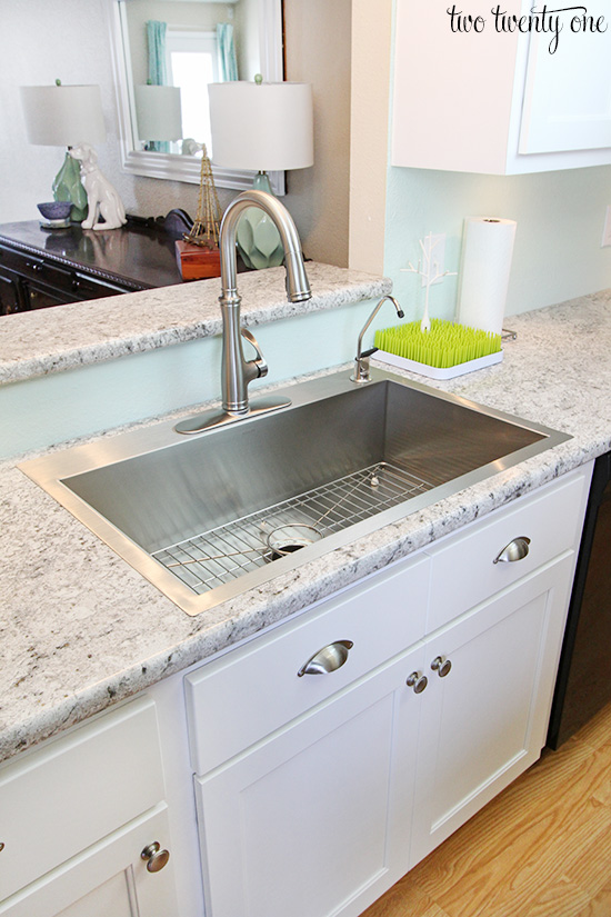 Countertop Kitchen Sink : ... us a 22? by 33? Vault , single basin, top-mounted, 9? deep sink