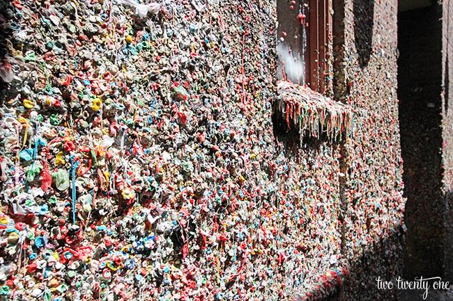 seattle gum wall