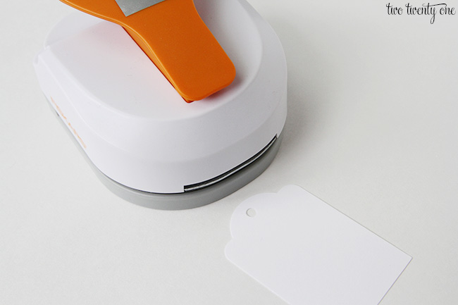 fiskars tag maker 2