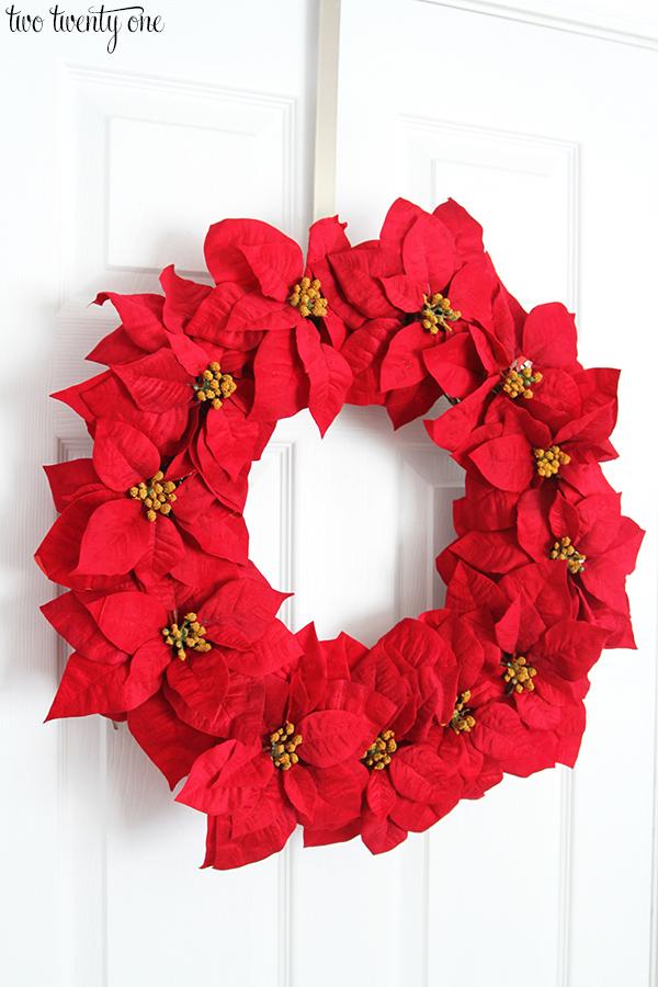 poinsettia wreath