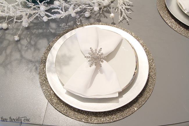 snowflake place setting