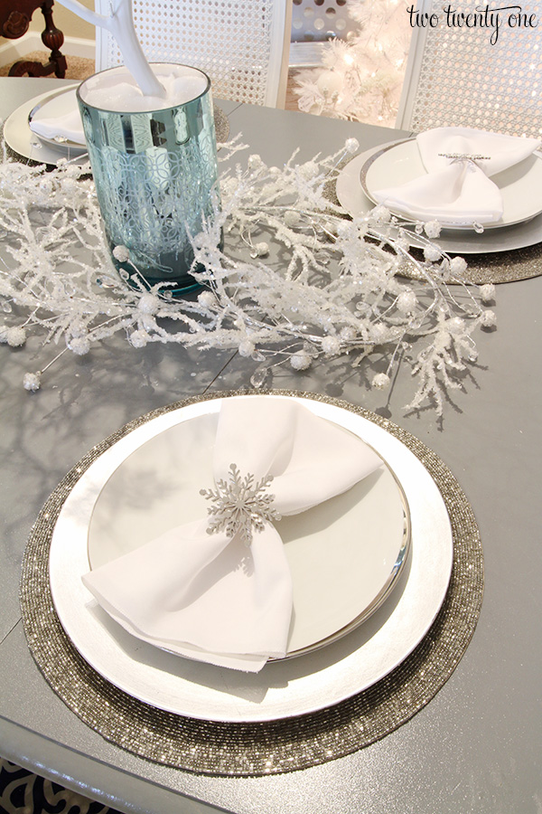 snowflake themed tablescape & Winter Wonderland Dining Room
