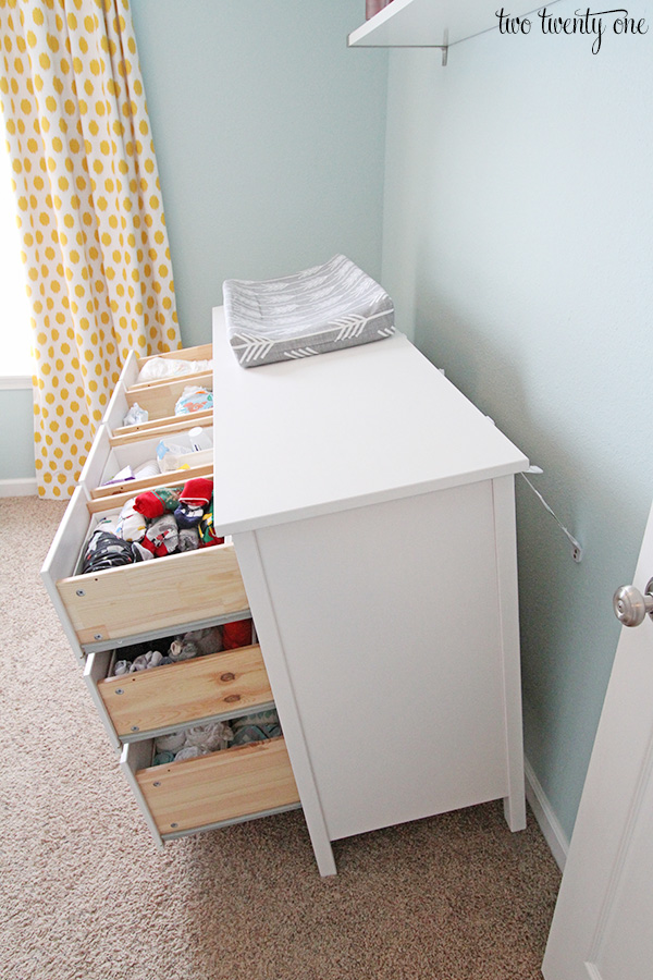 ikea dresser secure to wall. Black Bedroom Furniture Sets. Home Design Ideas