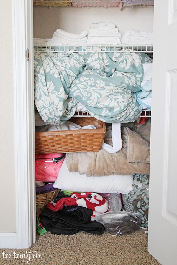 Linen Closet Before 2