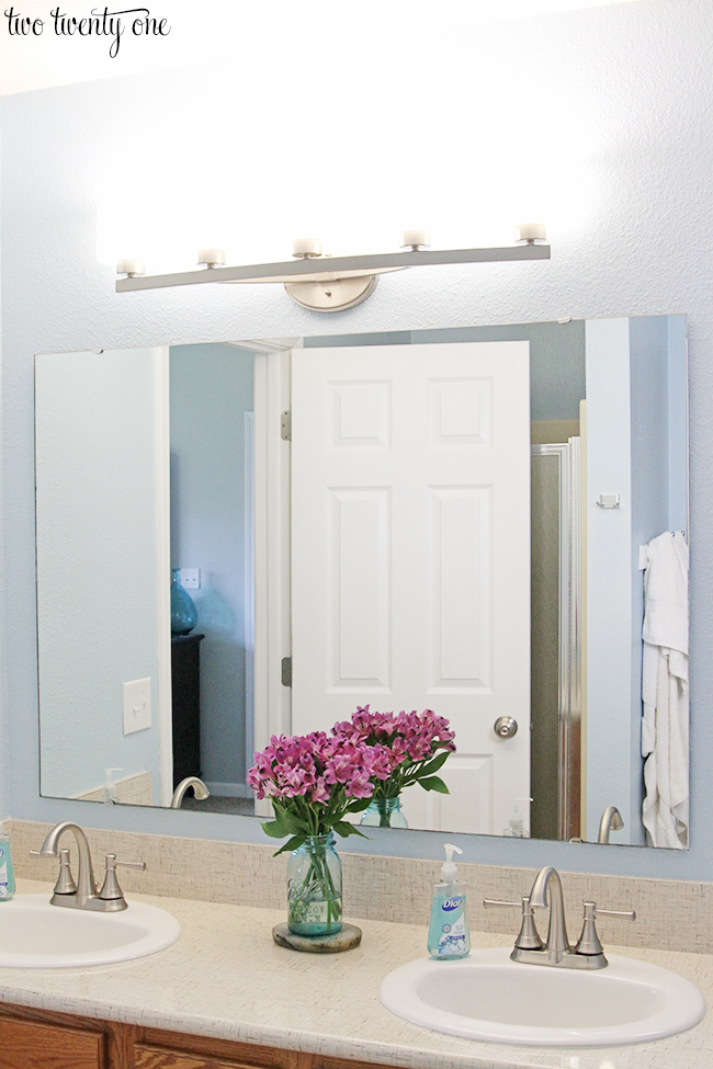 Bathroom Vanity Light Electrical Box : New Bathroom Vanity Lights