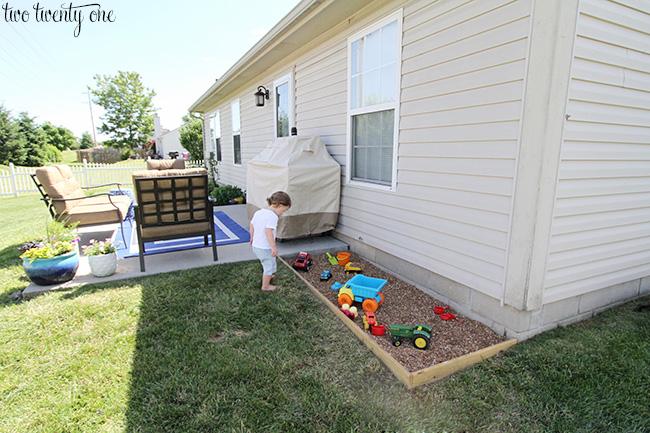 backyard rock box