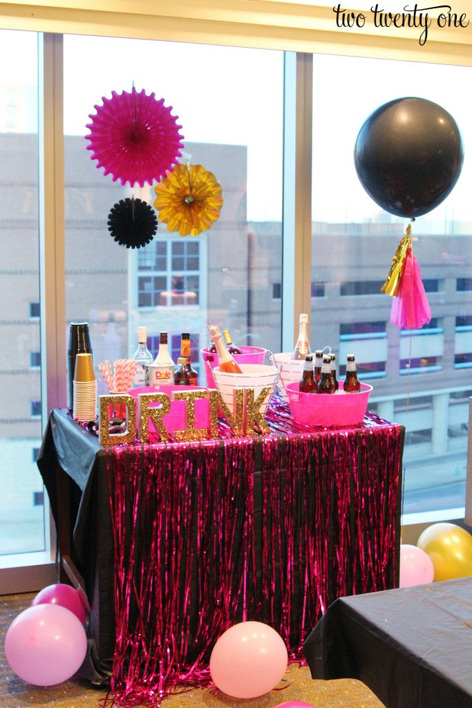 bachelorette-party-bar