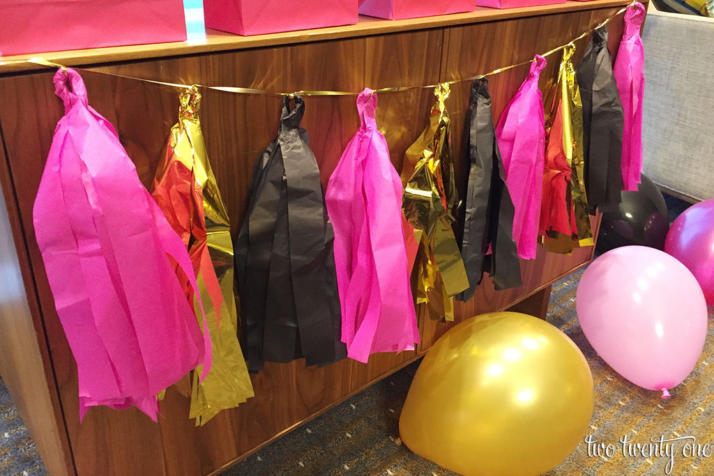 bachelorette-party-tassel-garland