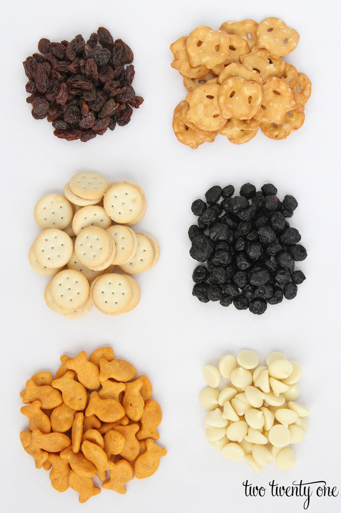 snack-mix-ingredients