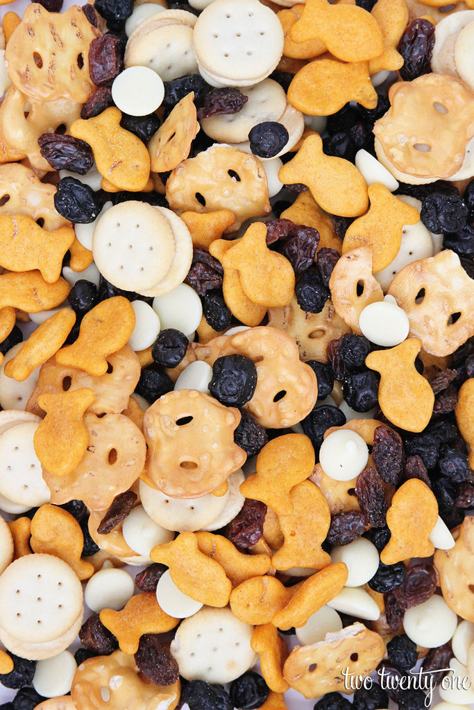 Toddler Snack Mix!