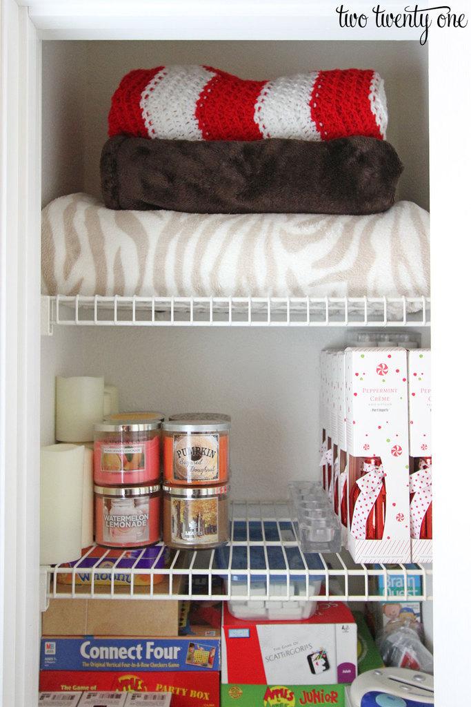 organized-hall-closet