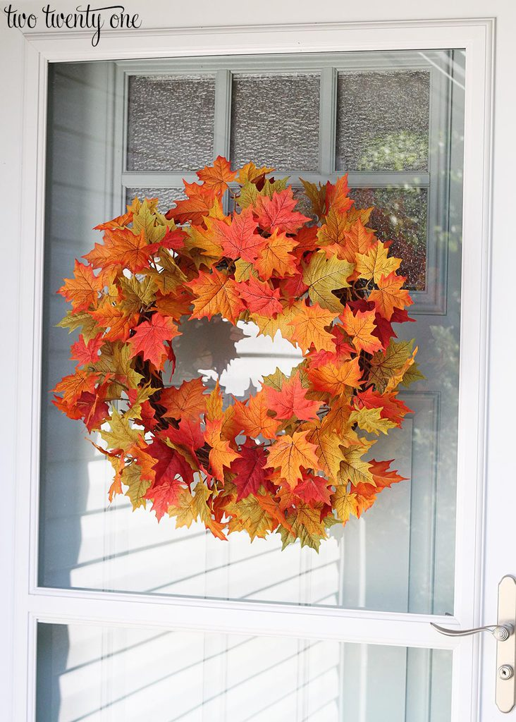 fall-leaf-wreath