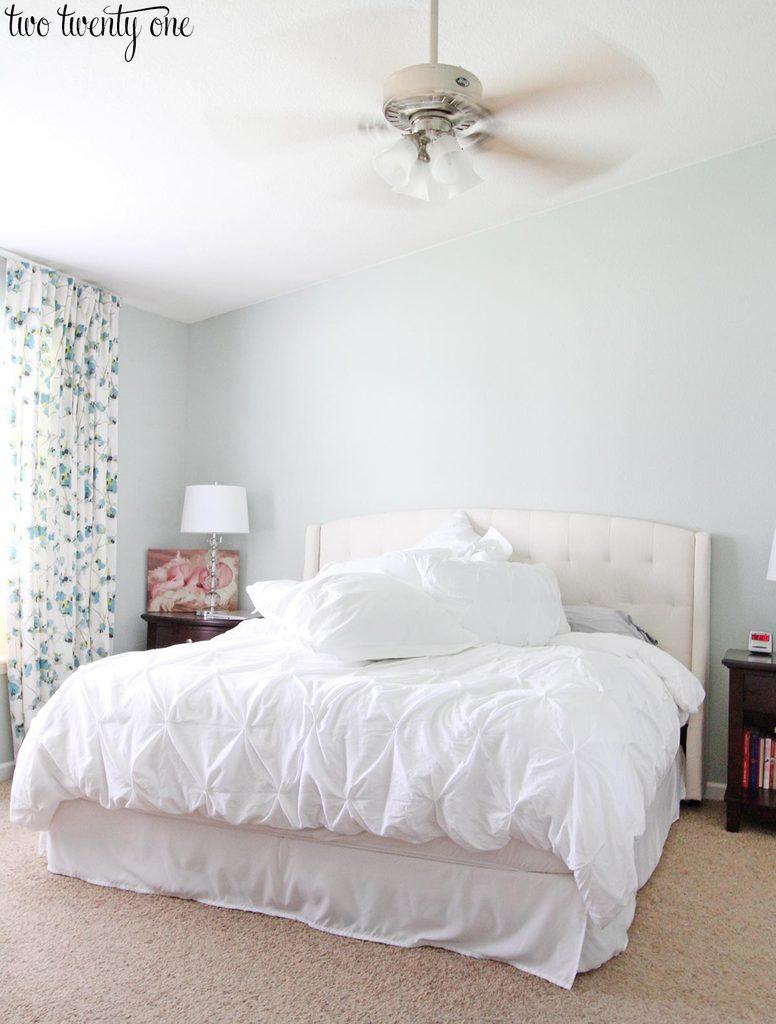 messy-bedroom-1