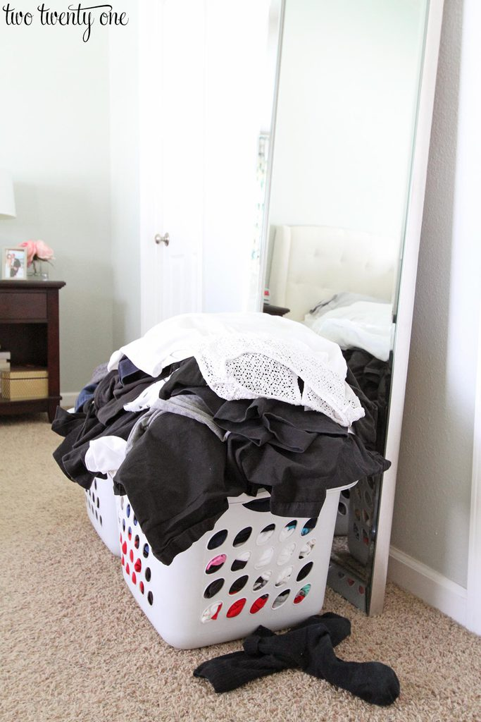 messy-bedroom-2