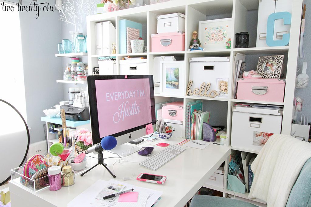 messy-home-office-1