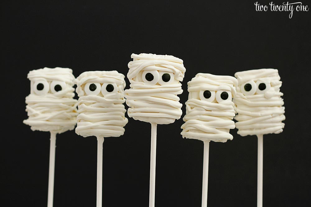Mummy Rice Krispies Treats Halloween Treats