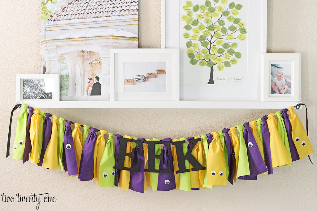 Halloween fabric garland! Great tutorial!