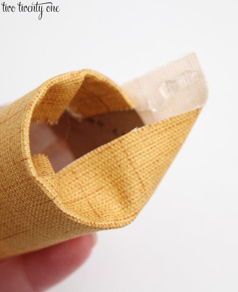 make-a-fabric-covered-napkin-ring