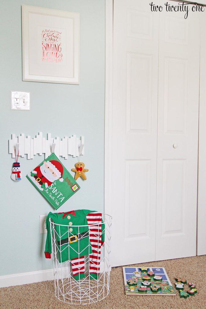 christmas-bedroom-2