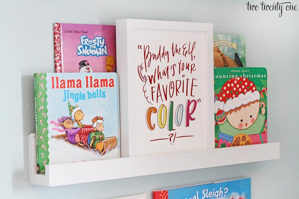 christmas-book-shelf