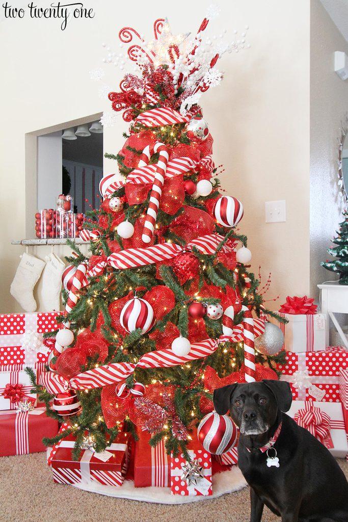 Red Amp White Christmas Tree