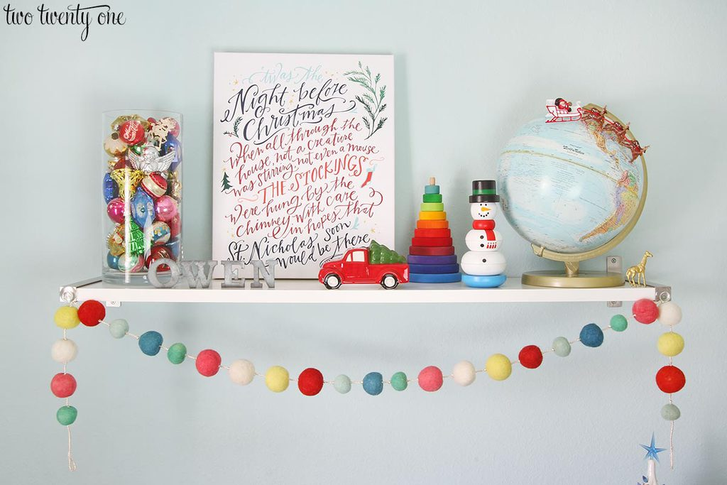 kid-christmas-shelf