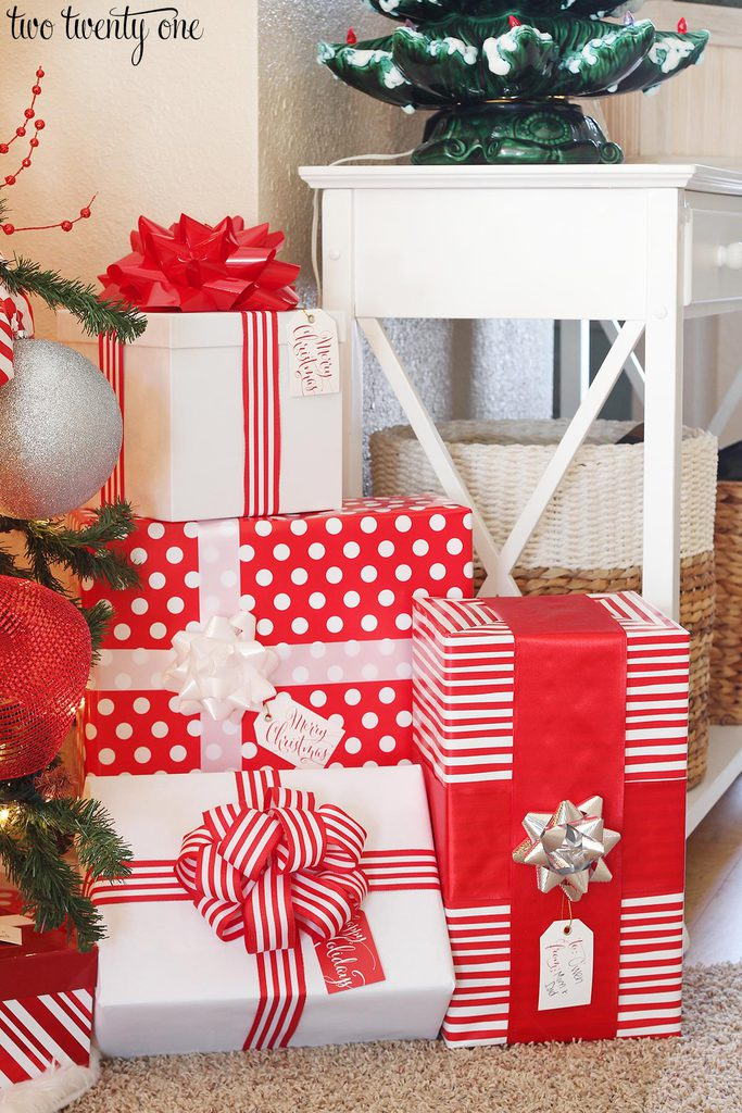 red-and-white-christmas-presents