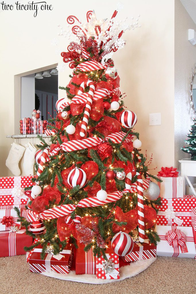 red and white christmas tree - White Christmas Tree With Red Decorations
